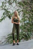 Green ivy.