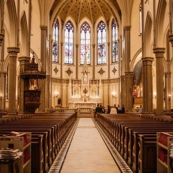 St. Louis - the altar.